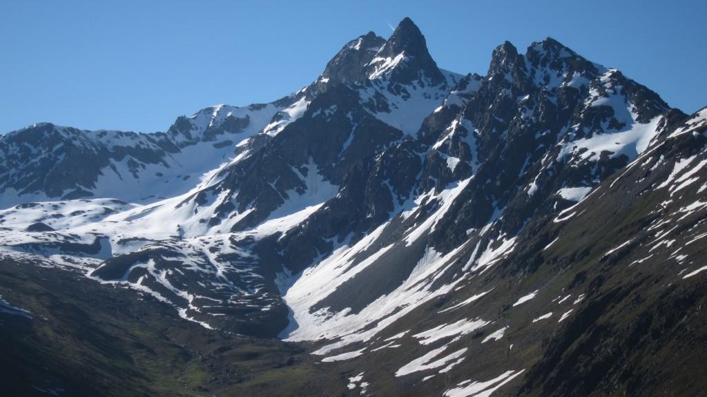 Blockgletscher im Val Muragl im Oberengadin (GR). Dies ist einer der Blockgletscher, der jährlich im Rahmen von PERMOS vermessen wird.