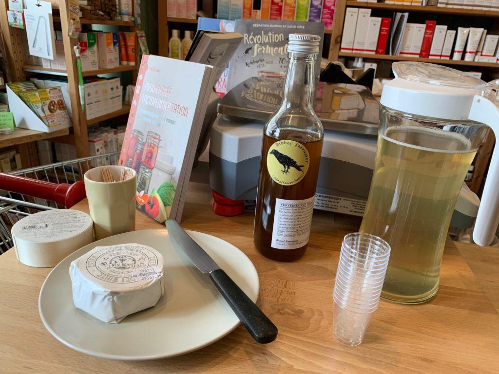 Bio-Sirup und veganer Camembert. Lecker!