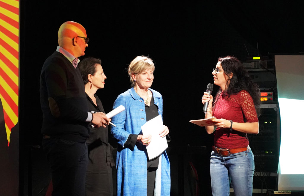 Les trois membres du jury: Nicolas Stevan, directeur d'eikon, école professionnelle en arts appliqués, Magalie Goumaz, rédactrice en chef adjointe de La Liberté, Marie-France Meylan Krause, directrice du Musée Bible+Orient, Université de Fribourg