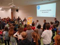 Les scientifiques à l'écoute des élèves fribourgeois