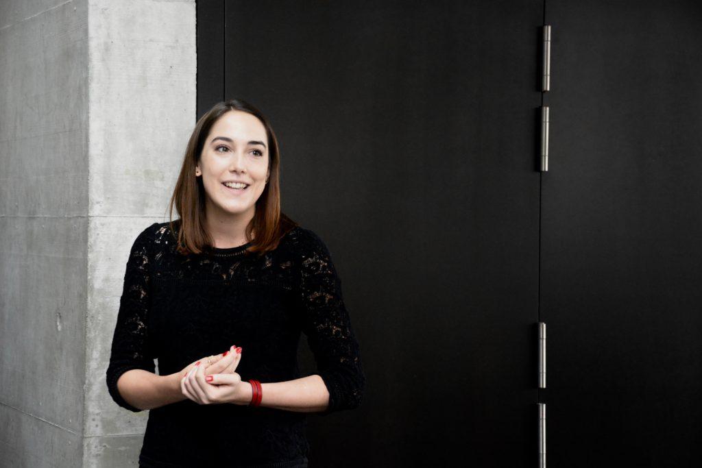 Coralie Chiffelle, étudiante en master, se réjouit que son projet d'espace de rencontre ait reçu le soutien de l'Université.