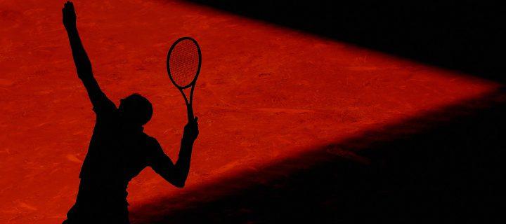 Tennis in einer Bankfiliale: eine Rechtsfrage, die nicht naturwissenschaftlich zu beantworten ist