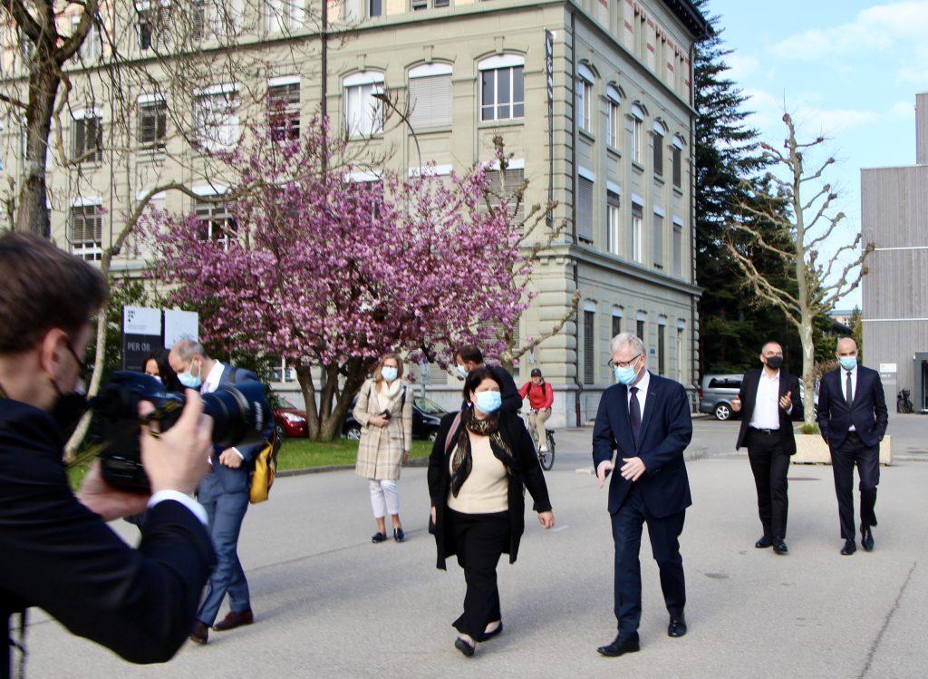 A la suite de la rencontre, Alain Berset s'est rendu dans un cours de la Faculté des sciences économiques et sociales et du management à la rencontre des étudiant·e·s.