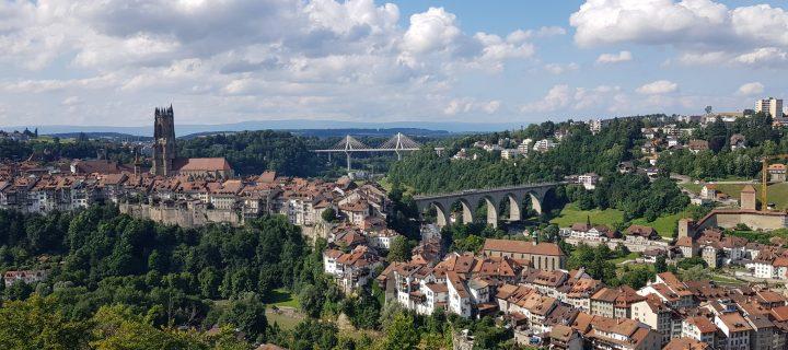 Fribourg accueillera le groupe des Universités de Compostelle