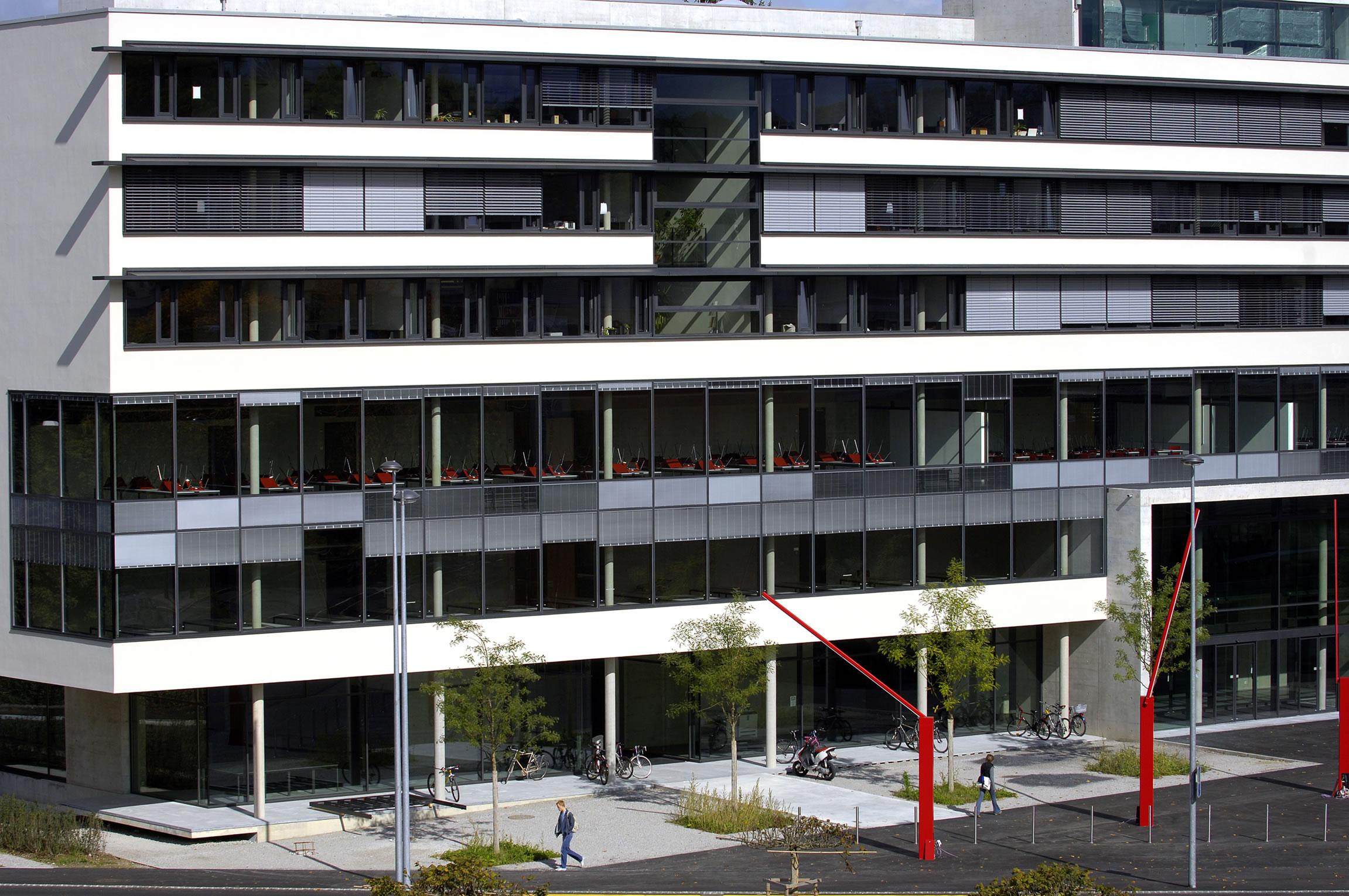 Aktuell universit t freiburg p rolles2 eine moderne for Moderne infrastruktur